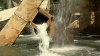 Wasser-Brunnen Stock Video gefilmt in HD Free