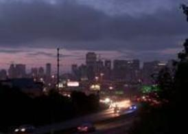 Traffic-at-dusk-time-lapse