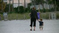 Mother_and_child_at_the_beach