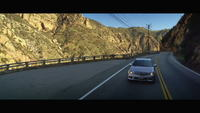 Bil Driving Mountain Road Stock Video