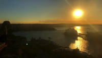Sydney Opera House e Harbour Bridge durante o nascer do sol 4K
