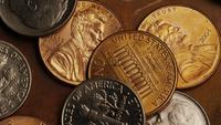 Rotación de metraje de tiro de monedas monetarias estadounidenses - DINERO 0289