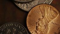 Rotación de metraje de tiro de monedas monetarias estadounidenses - DINERO 0284
