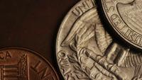 Filmagem giratória estoque de moedas monetárias americanas - DINHEIRO 0281