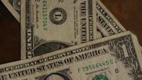 Rotierender Schuss des amerikanischen Geldes (Währung) - GELD 446