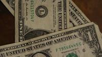 Tiro giratorio del dinero estadounidense (moneda) - DINERO 446