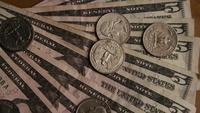 Roterend schot van Amerikaans geld (valuta) - GELD 529