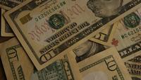 Roterend schot van Amerikaans geld (valuta) - GELD 513