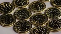 Tiro rotativo de Bitcoins (cryptocurrency digital) - BITCOIN 0260