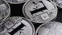 Roterande skott av Bitcoins (Digital Cryptocurrency) - BITCOIN LITECOIN 454