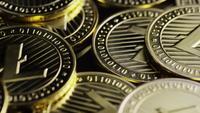 Roterande skott av Bitcoins (digital cryptocurrency) - BITCOIN LITECOIN 249