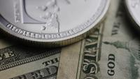 Plan tournant de Bitcoins (crypto-monnaie numérique) - BITCOIN LITECOIN 673