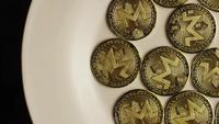 Tiro giratorio de Bitcoins (criptomoneda digital) - BITCOIN MONERO 003