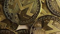 Tiro giratorio de Bitcoins (criptomoneda digital) - BITCOIN MONERO 052