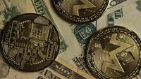 Tiro giratorio de Bitcoins (criptomoneda digital) - BITCOIN MONERO 191