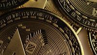 Tiro giratorio de Bitcoins (criptomoneda digital) - BITCOIN MONERO 055