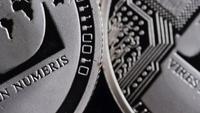 Roterande skott av Bitcoins (digital cryptocurrency) - BITCOIN LITECOIN 477