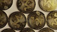 Tiro giratorio de Bitcoins (criptomoneda digital) - BITCOIN MONERO 005