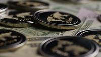 Tiro rotativo de Bitcoins (cryptocurrency digital) - BITCOIN RIPPLE 0288