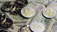 Disparo giratorio de Bitcoins (criptomoneda digital) - BITCOIN RIPPLE 0303
