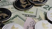 Plan tournant de Bitcoins (crypto-monnaie numérique) - BITCOIN RIPPLE 0275