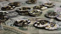 Plan tournant de Bitcoins (crypto-monnaie numérique) - BITCOIN RIPPLE 0247
