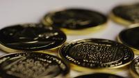 Tiro giratorio de Titan Bitcoins (criptomoneda digital) - BITCOIN TITAN 076