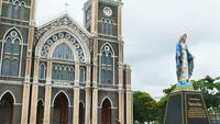 Edifício de igreja de lapso de tempo hiper da Tailândia