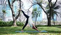 Yoga-Sport und gesundes Lebensstilkonzept.