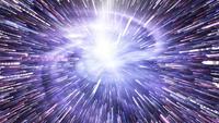 Galaxia espiral azul-violeta en chispa estrella de velocidad de deformación brillante