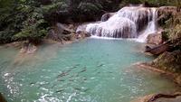 Erawan-Wasserfall, Erawan-Nationalpark in Kanchanaburi, Thailand
