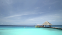 Barco en el océano, isla de Maldivas