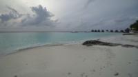 Praia tropical na ilha Maldivas