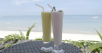 Frucht-Smoothies Durch Den Strand
