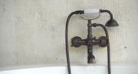Badewanne Wasserhahn