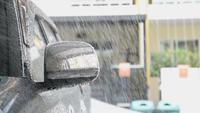 Carwashpersoneel Een auto schoonmaken