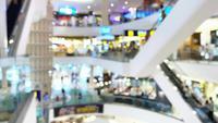 Resumen borroso hermoso centro comercial de lujo moderno