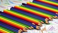 Crayons de couleur roulants