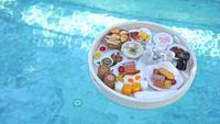 Floating breakfast tray