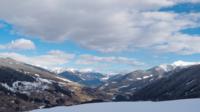 Nuvens sobre Alpes italianos