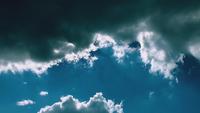 Lapso de tempo de nuvens celestiais suaves