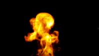 Brand op zwarte achtergrond