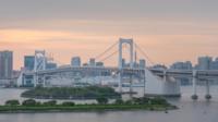 Zeitraffer an der Regenbogenbrücke, Odaiba, Tokio, Japan