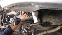 Reparera delar av en bil för upphängning av undervagnen