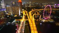 Hyper vervallen van Singapore stad bij nacht