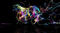 Kleurrijke lichten gloeien en verplaatsen op een zwarte achtergrond
