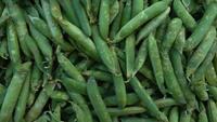 Guisantes verdes naturales frescos