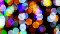 Grandes luces de colores de desenfoque y bokeh