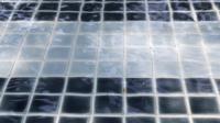 Blauer Pool.