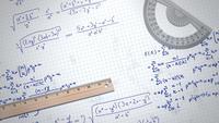Fórmula y elementos en papel